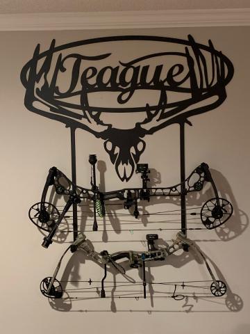 Teague_Bow_Holder_resized2